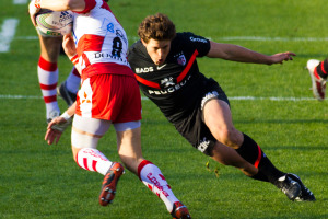 ST_vs_Gloucester_-_Luke_Burgess_tackling
